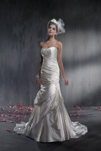 Wedding Bridal Gowns Alfred Angelo  Style 2347   Woodbridge